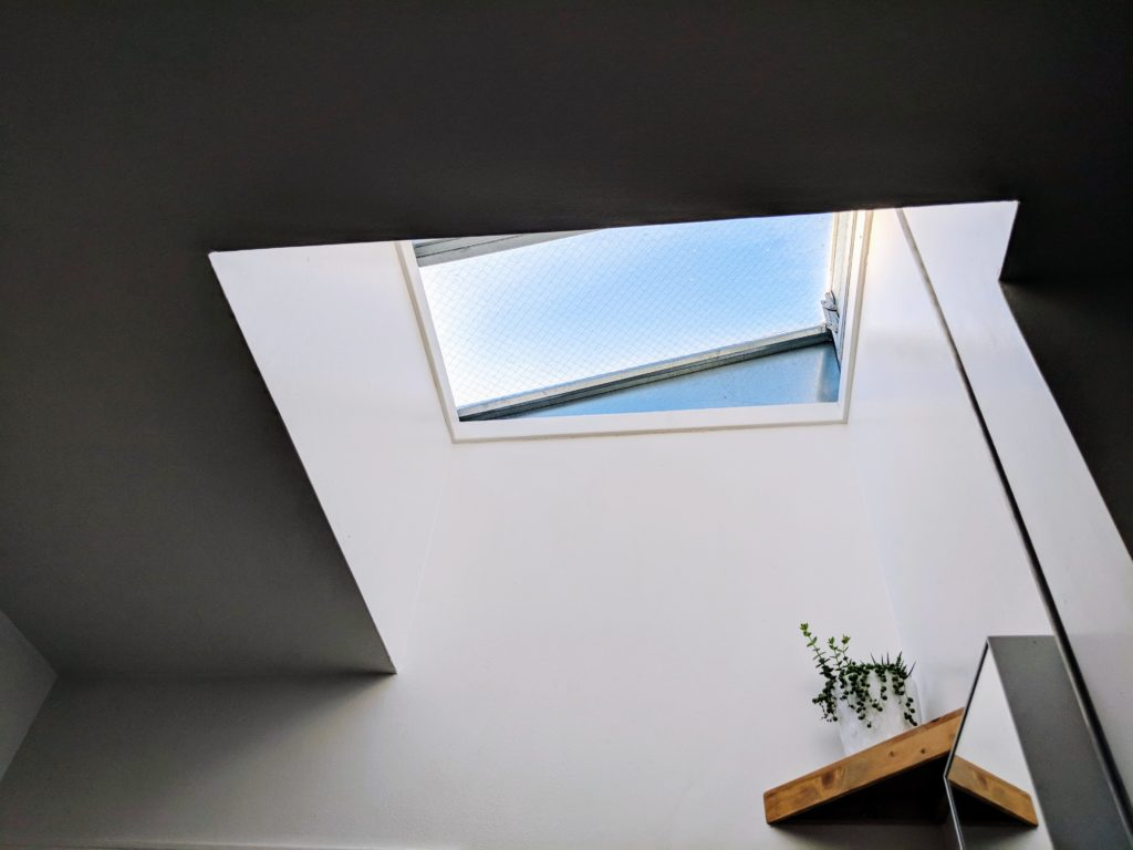 flat roof skylight for home